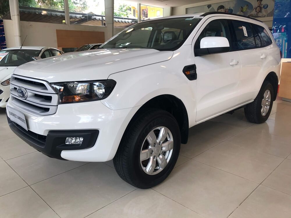Ford Everest Ambiente số sàn